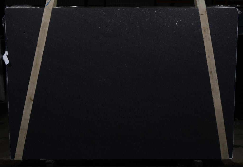 BLACK MIST HONED 3CM