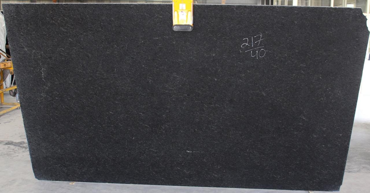 BLACK PEARL STANDARD POLISHED 2CM